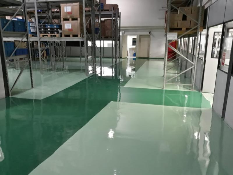 Manutenção de pisos industriais